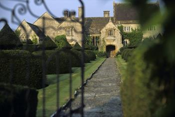 Lytes Cary Manor, Somerton