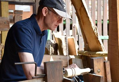 Make a windsor chair at Tyntesfield